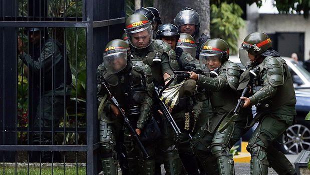 Venezuela: irse o quedarse