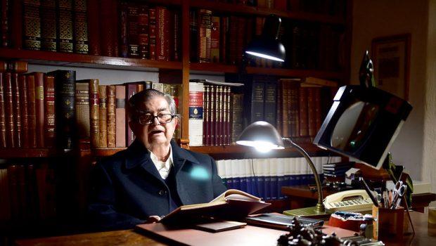 Miguel León-Portilla, 53 peldaños para un obituario