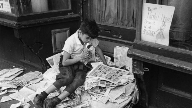 andre kertesz on reading literal magazine andre kertesz on reading