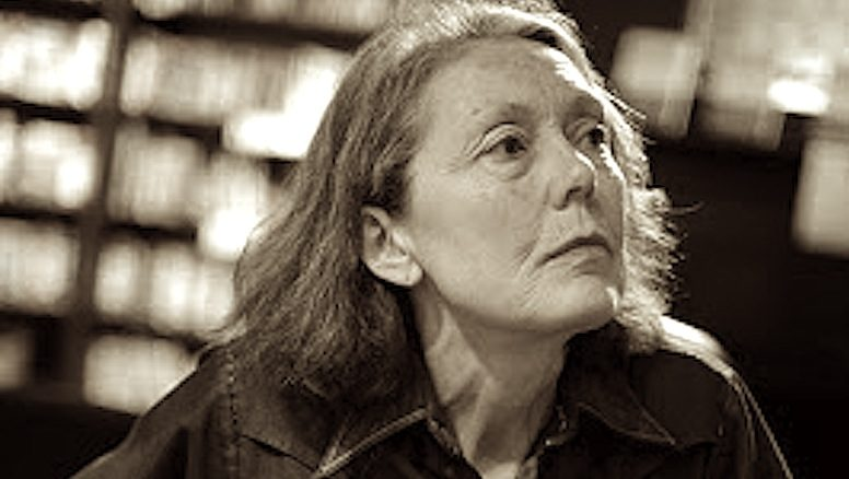 "anne carson the glass essay hero Anne carson: anne carson contains a quiet but wildly expressive poem, "" the glass essay,"" in which the narrator anne michaels."
