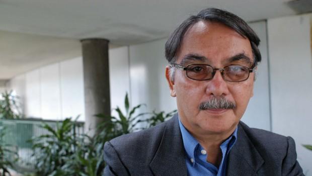 Salutación a Eugenio Montejo