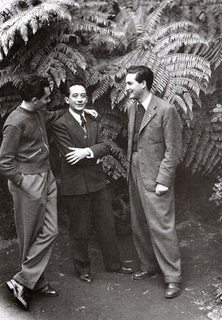 Jorge-González-Durán-Xavier-Villaurrutia-y-Octavio-Paz-en-Los-Berros-Xalapa-1942-foto-de-Lola-Álvarez-Bravo