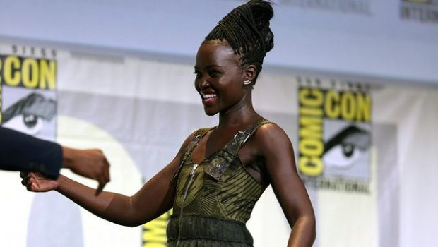 Lupita Nyong'o vs Photoshop