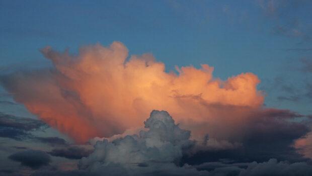 El sembrador de nubes