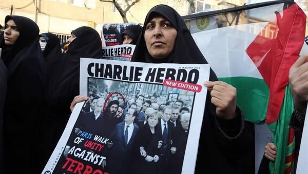 Francia-Teheran-Mahoma-Charlie-AFP_CLAIMA20150119_0098_27