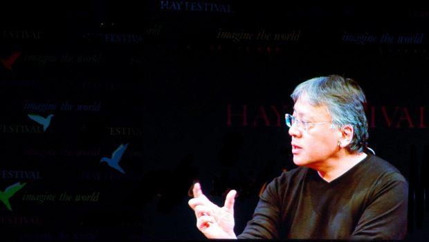Kazuo Ishiguro, un escritor de lo que nos pasa por dentro