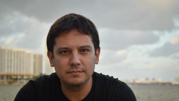 El mundo latino de Pedro Medina León