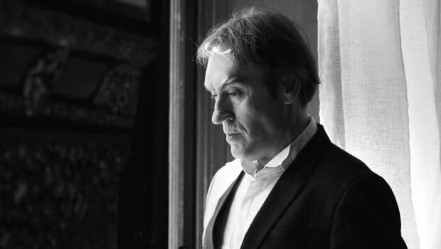 Amoretti: el extraño caso del tenor que se transformó en bajo