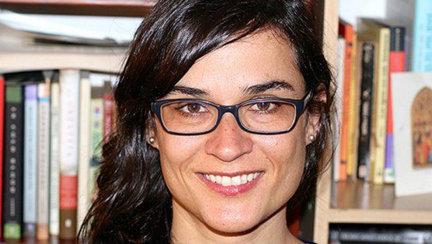 El recuerdo de la muerte: Somos luces abismales, de Carolina Sanín
